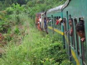 Im Zug nach Manakara