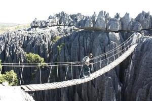 Tsingy_von_Bemaraha_Hängebrücke_300_x_200