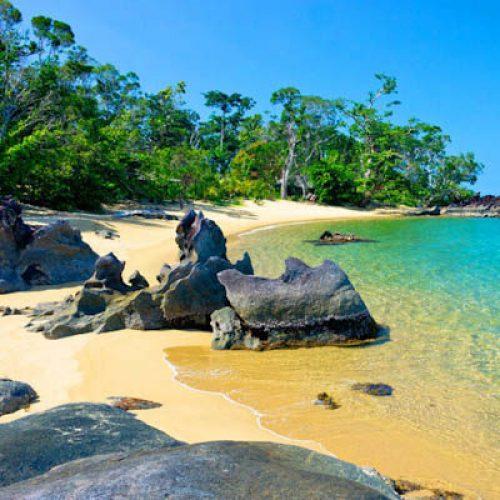 Madagascar Accommodation Masoala Forest Lodge Beach 13
