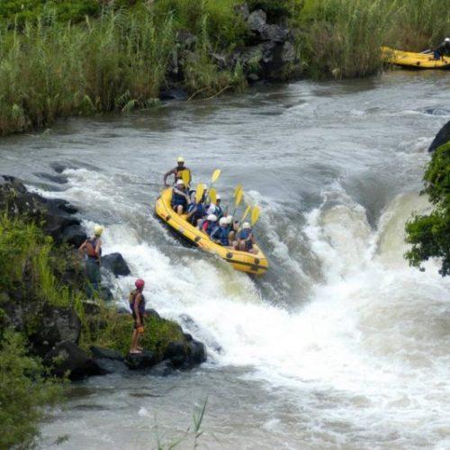 kayaking-Madamax-Ampefy-800x533